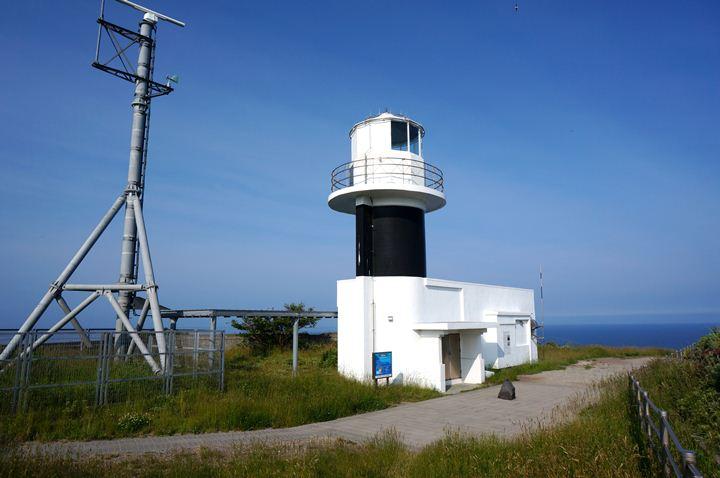 4 灯台本体は普通.JPG